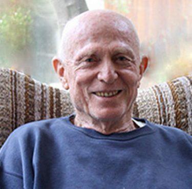 Moshe bio photo
